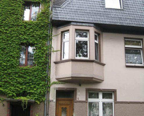 Fassadenrenovierung Düsseldorf Malerbetrieb Schindler